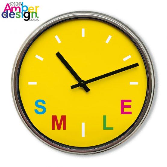 smile clock present